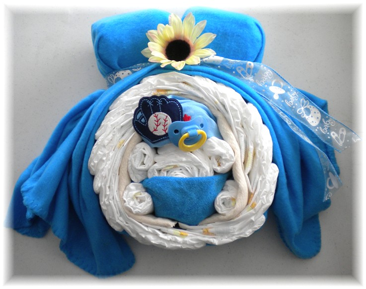 "Diaper Cake ""Momma & Baby Boy Belly"""