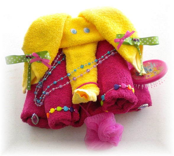 Lala the Elephant Towel Cake for a Girl Age 3-12